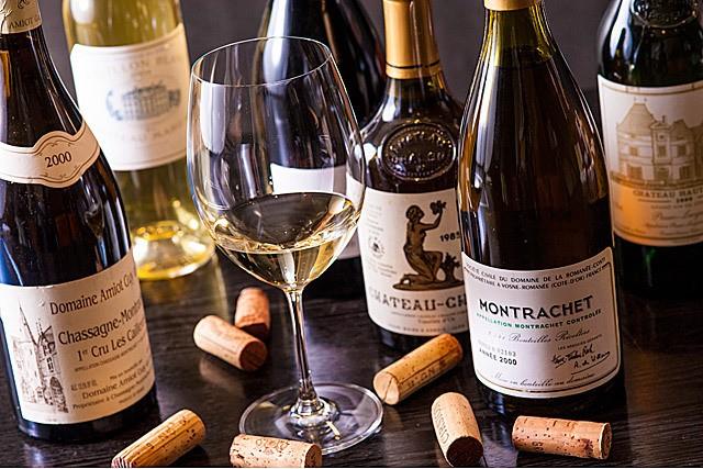 ワイン専門店に勝るとも劣らないワインのラインナップ